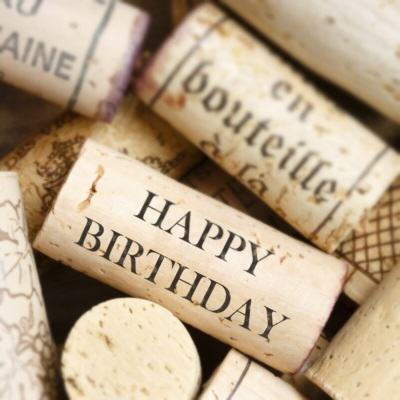 cork birthday 4 años de Logia Petit Verdot