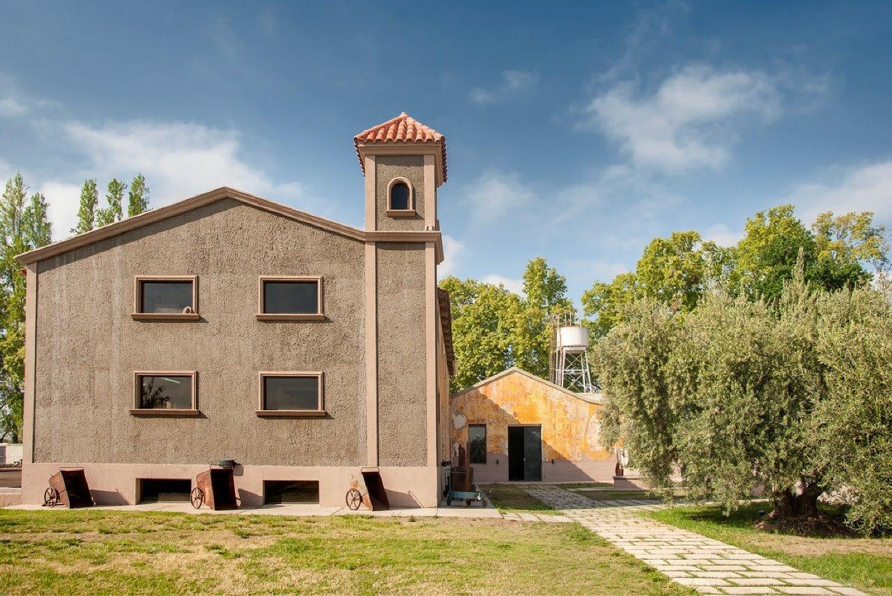 Olivícola Laur y Acetaia Millán. Mendoza es la tierra de sol, del buen vino y también del aceite de oliva y aceto balsámico