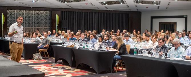 """La Asociación Argentina de Sommeliers presentó """"La Geografía del Vino"""""""