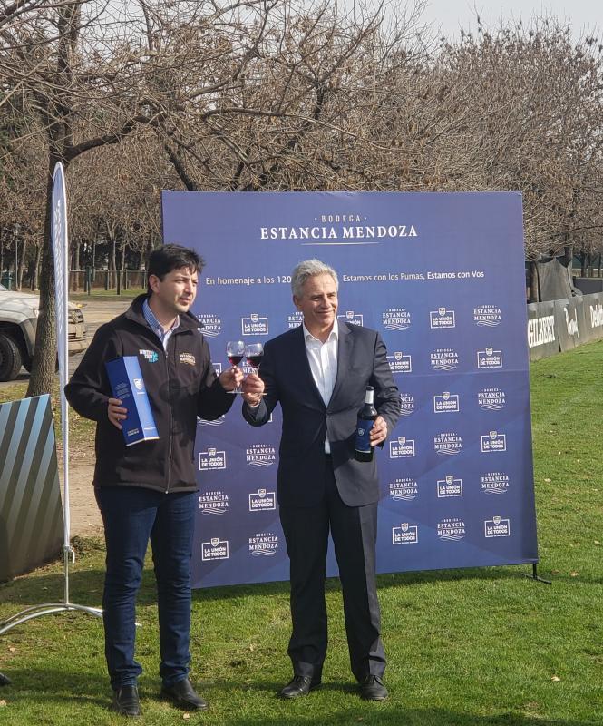 Bodega Estancia Mendoza presentó el vino de la Unión Argentina de Rugby