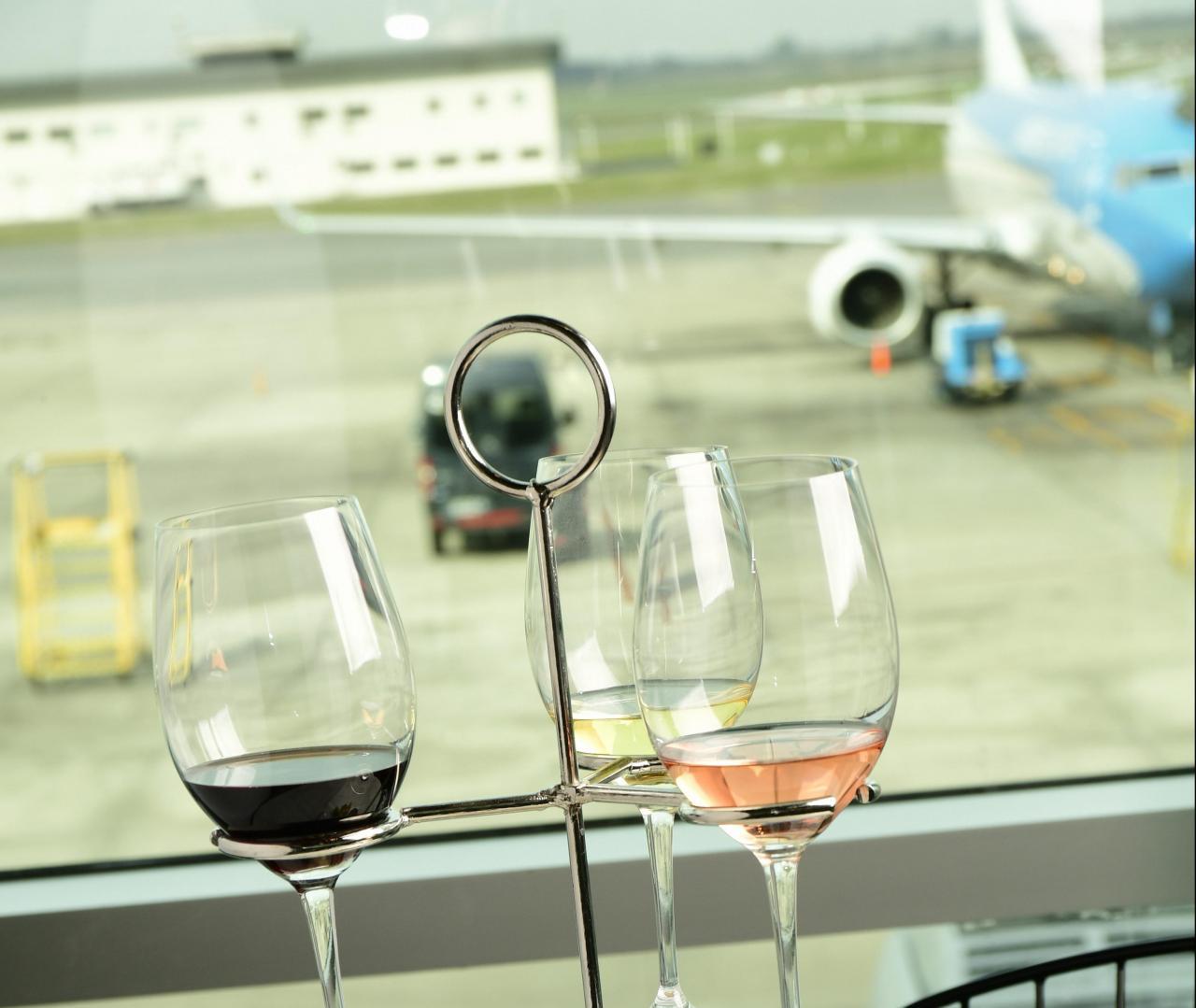 Fausto un Wine Bar en el Aeropuerto de Ezeiza