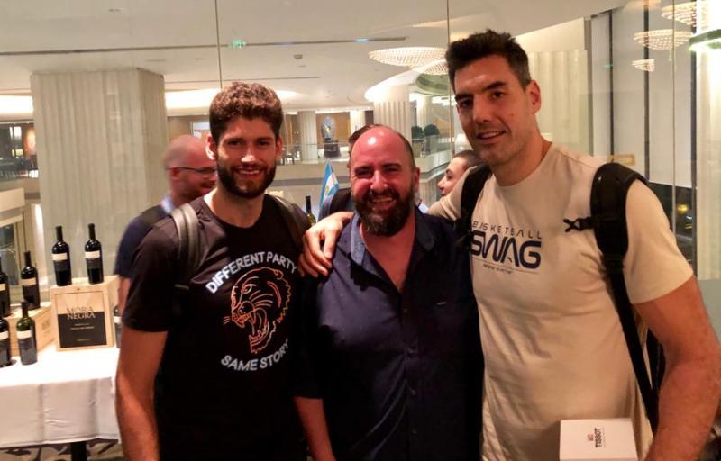 La Selección argentina de Basquet, celebró su triunfo con vinos de Grupo Peñaflor