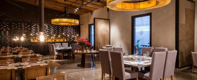 Abrasado Restaurante reabre sus puertas (1)