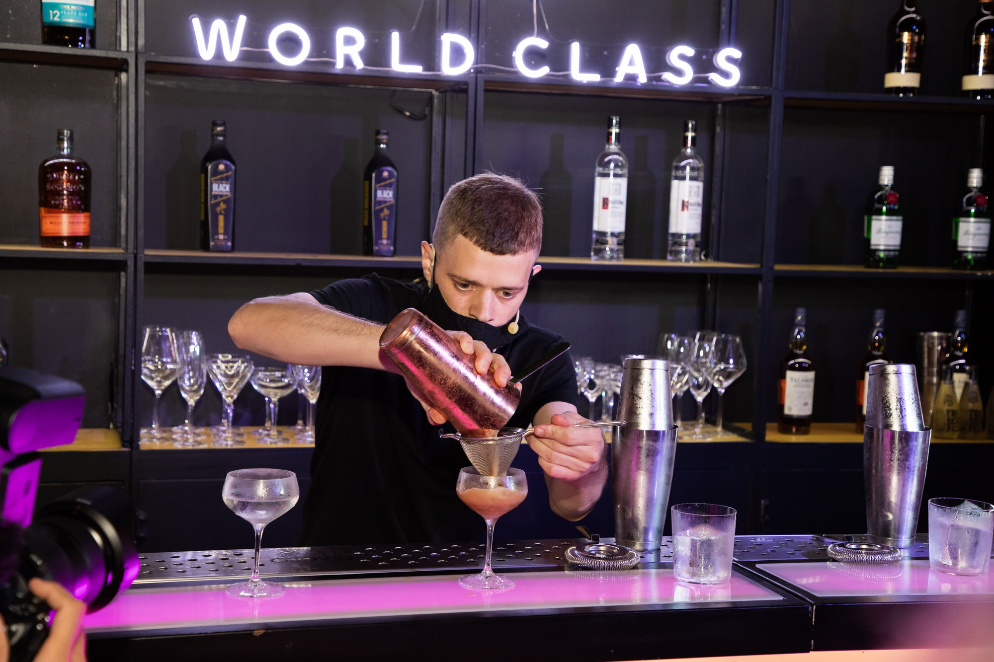 Fran Vacalluzo es el Bartender del Año 2021 en la final nacional de World Class