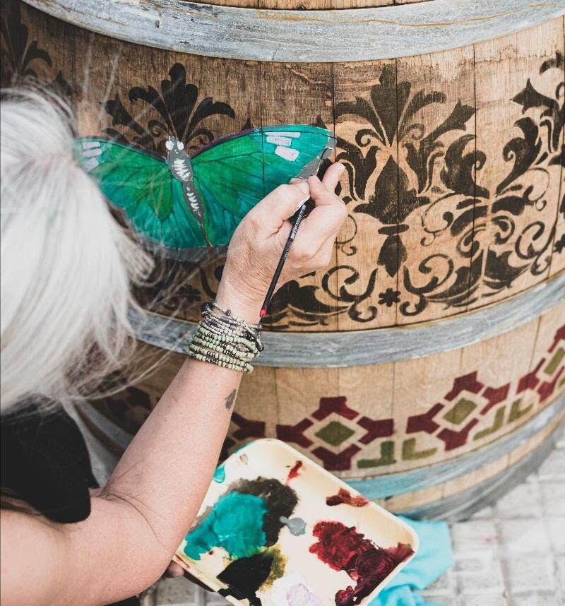Zaffiro Art Bubbles cierra la intervención de Barricas de Vino en el Luxury de Palermo