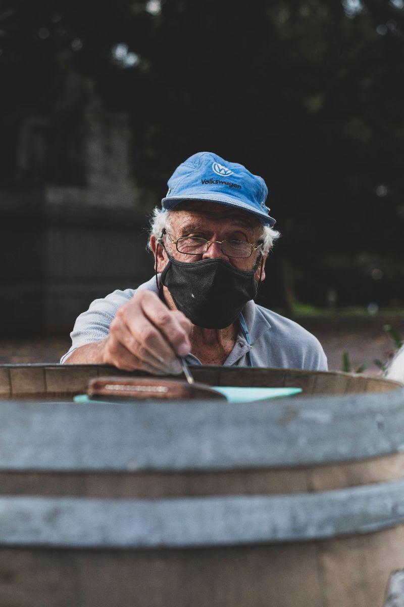Zaffiro Art Bubbles cierra la intervención de Barricas de Vino en el Luxury de Palermo (2)