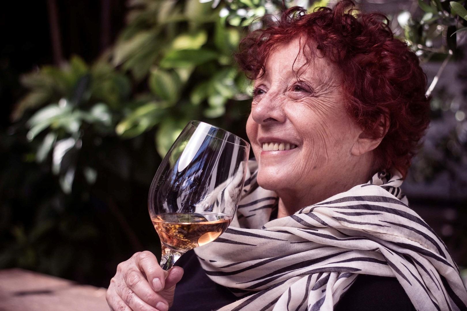 Los Buenos Vinos Argentinos que le gustan a Elisabeth Checa